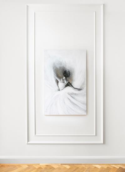 Czarno-biały plakat marki Mermer z kategorii kobieta przedstawiający twarz pięknej kobiety od frontu